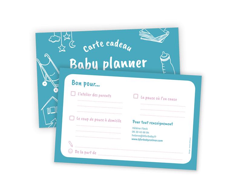 Il s'agit d'une présentation du verso de la carte cadeau Baby planner, avec des ateliers à cocher, et les coordonnées pour contacter Hélène Fleck.