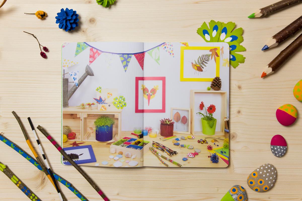 Livre l'Atelier nature ouvert à la page de présentation des différents ateliers créatifs pour les enfants.