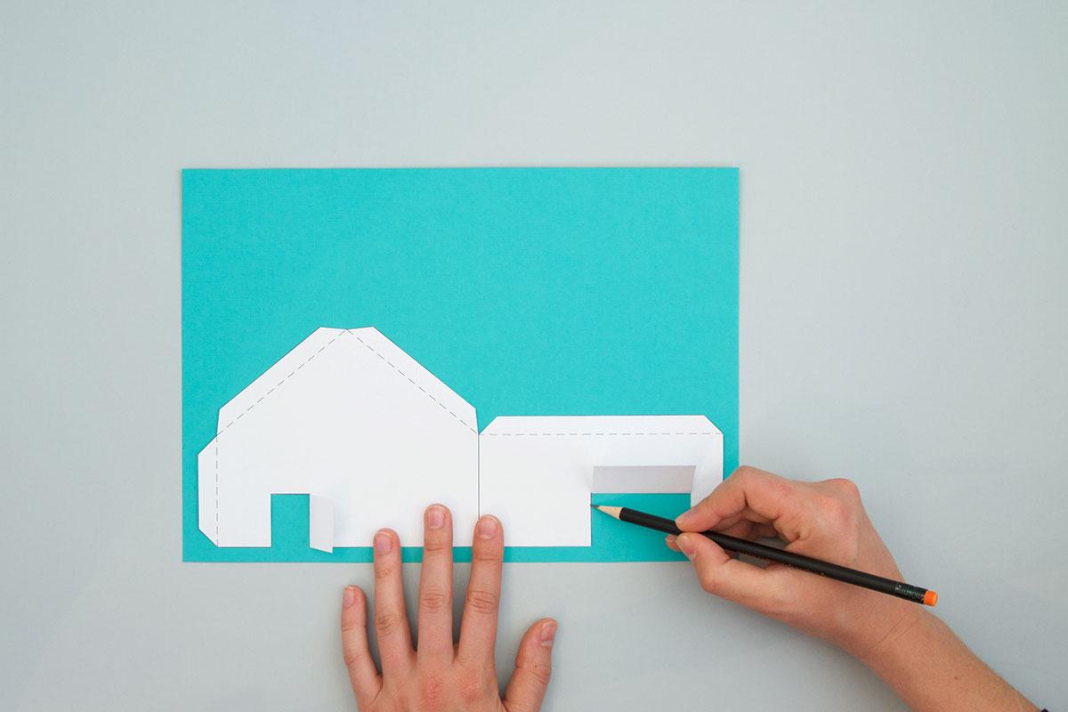Des gabarits imprimables sont fournis pour faciliter la reproduction des pièces.