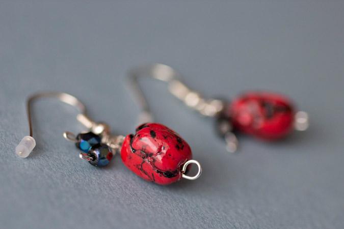 Boucles d'oreilles Petits cailloux - version rouge